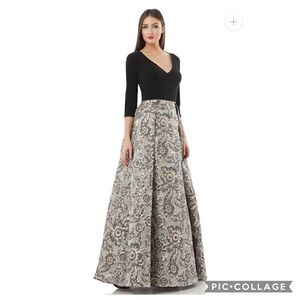 JS collection long evening Gown